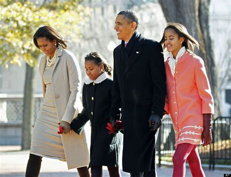 biography of barack obama s daughters barack obama s family life see photos celebrities