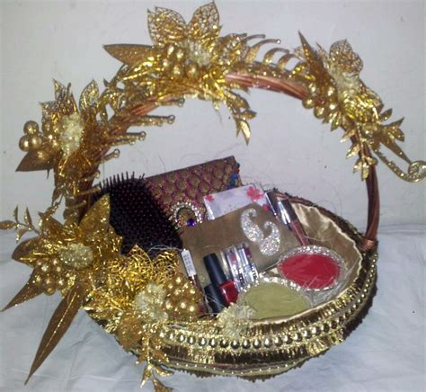 cosmetic basket .   wedding trousseau   Pinterest