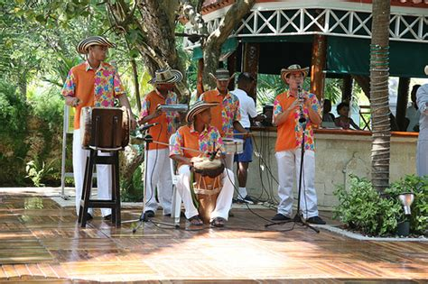 combia music the typical colombian music cumbia mapale flickr