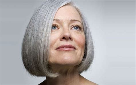 hairstyles to soften an aging face list of the best hairstyles for middle aged women