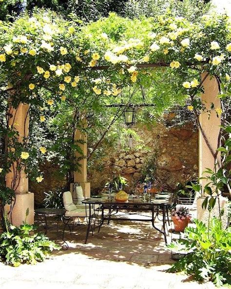 Small Mediterranean Garden Ideas Eye Catching Mediterranean Backyard Garden D 233 Cor Ideas Courtyard Landscape