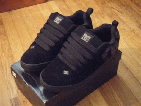 Dc Courts Search File Black Dc Court Graffik Shoes Jpg Wikimedia Commons