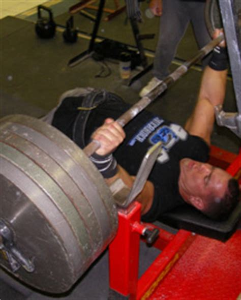 crazy bench press crazy plates bench press chest exercise video exle