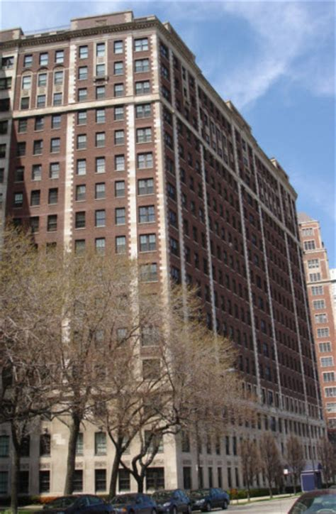 Apartments For Rent In Chicago Lake Shore Drive 3750 N Lake Shore Drive Co Op Apartments For Sale