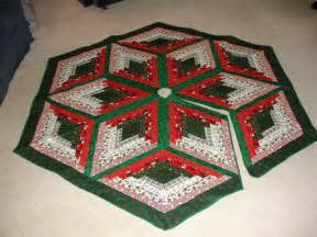 Free Tree Skirt Quilt Pattern by Free Big Block Quilt Patterns Free Quilt Projects From