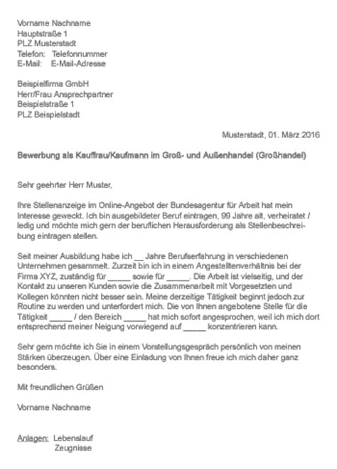 Lebenslauf Kauffrau Muster Gt Bewerbung Als Kauffrau Kaufmann Im Gro 223 Und Au 223 Enhandel Gro 223 Handel