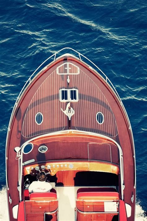 a motorboat has a four hour supply 28 best images about boston whaler on pinterest