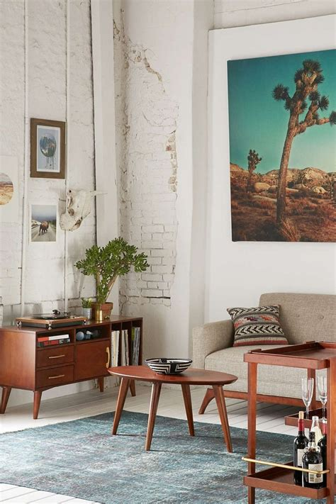 Outfitters Living Room Ideas by Best 25 Retro Living Rooms Ideas On Living Room 60s Retro Apartment And Mcm Designer