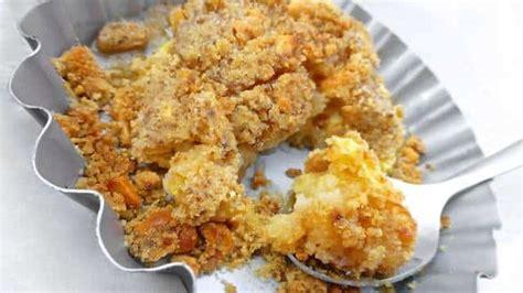 Apple Crumble Recipe with Peanuts   Simple. Tasty. Good.