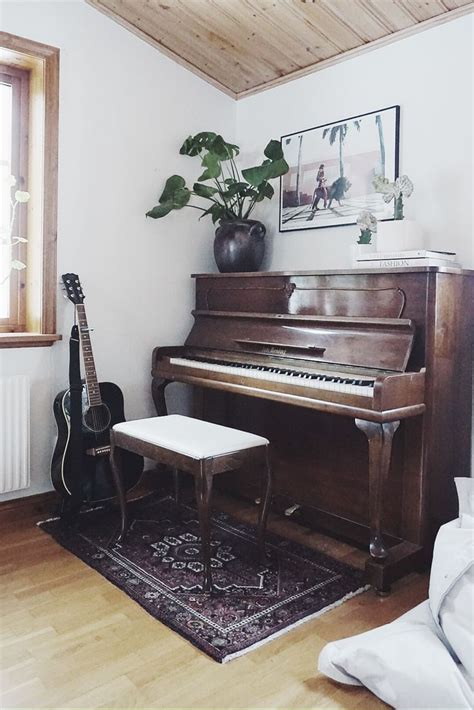 living room layout with upright piano upright piano placement in living room