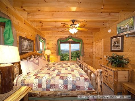 5 bedroom cabins in pigeon forge pigeon forge cabin greenbriar grace 5 bedroom sleeps 14