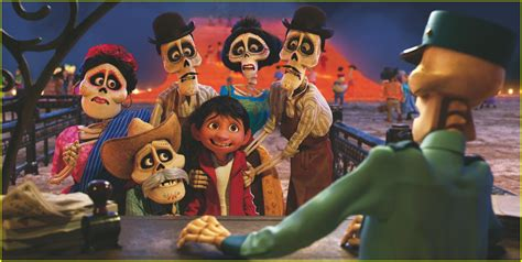 coco new film watch the brand new trailer for disney pixar s coco