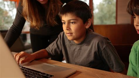 computer kids does your child need a digital detox what can you do today to help your child find a job