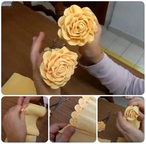 fiori di carta crespa spiegazioni in carta crespa tutorial