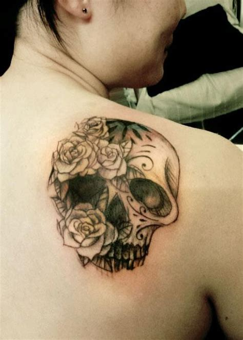 bed of roses tattoo 17 best images about tattoos on sparrow