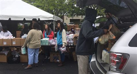 Montgomery Food Pantry by Montgomery Area Food Bank Donates 27 Tons Of Food For