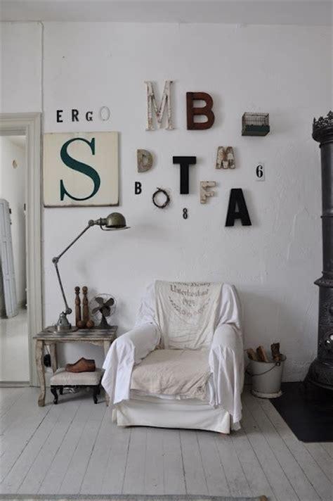 scritte per muri interni scritte sui muri di casa in stile shabby come si fanno