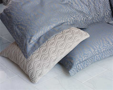 peacock alley coverlet discontinued discontinued peacock alley la femme bedding