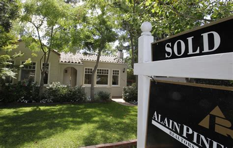 Home Prices In Area by Bay Area Home Prices Jump Year Year Mercury News