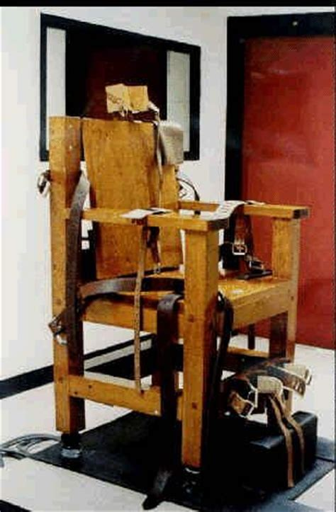 Does Still Use The Electric Chair by 17 Best Ideas About Electric Chair On