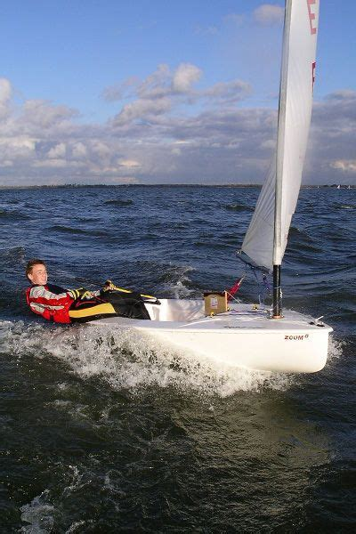 single handed sailing boats single handed sailing dinghy cat boat zoom 8 2 65m