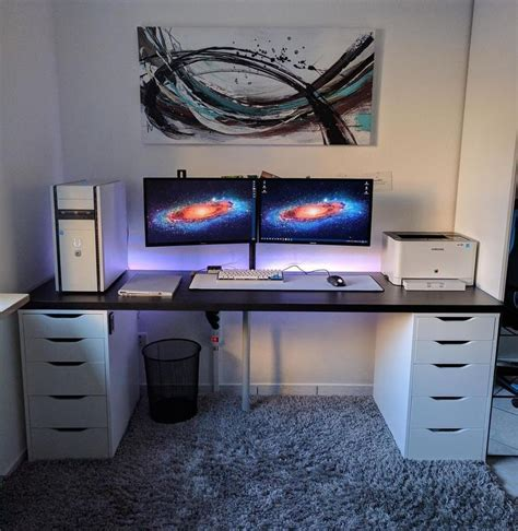 Gaming Desk Ideas 25 Best Ideas About Gaming Desk On Pc Setup Computer Setup And Gaming Setup