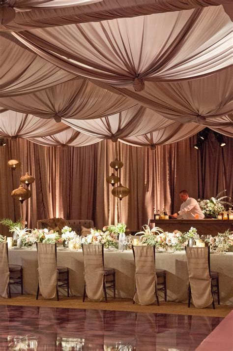 Backyard Wedding Reception Decorations Chic And Elegant Wedding Reception Ideas Weddbook