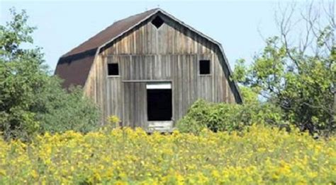 garages that look like barns 13 buildings that look like characters from game of