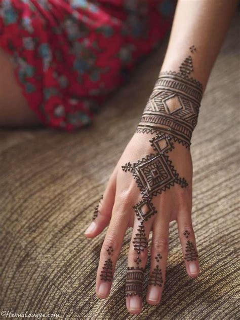 is henna tattoo permanent best 25 moroccan henna ideas on mehndi