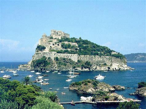 porto di napoli per ischia passeggiando per ischia italia un paese da scoprire