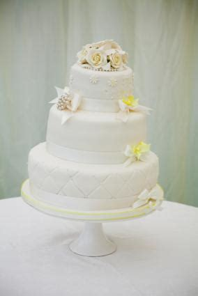 Wedding Cake Quilting by Quilted Wedding Cake Design