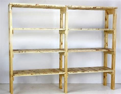 scaffali in legno scaffalatura in cantina fai da te