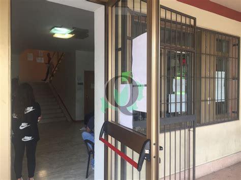 ufficio di collocamento termoli cobasso file interminabili e ore d attesa al centro