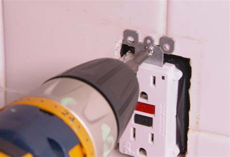 Why Does My Gfci Outlet Keep Tripping Homelectrical Com