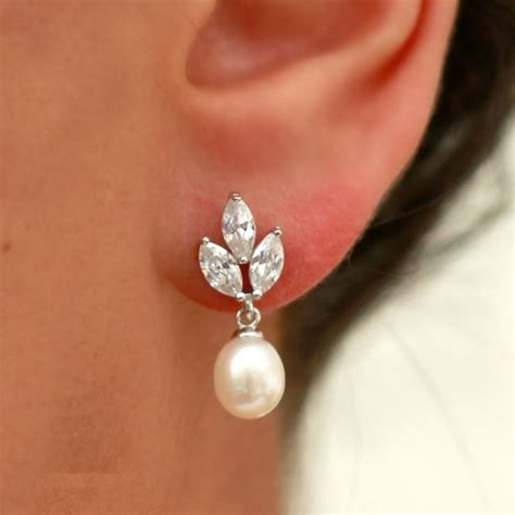 vintage pearl drop earrings by molly pearl