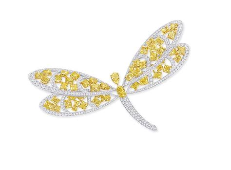 Yellow Hairclip Set graff taps into the trend for jewels worn in the hair with