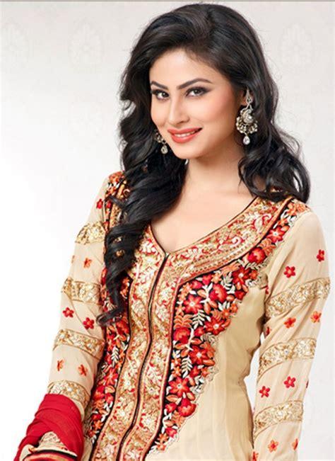 nagin 2 serial moni roy sari hd image actress mouni roy profile serials movies photos