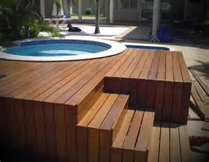 decks de fotos de piscinas deck