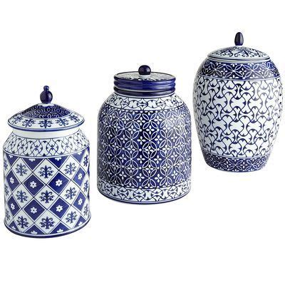 Blue And White Kitchen Canisters by 1000 Ideas About Blue White Kitchens On Pinterest White