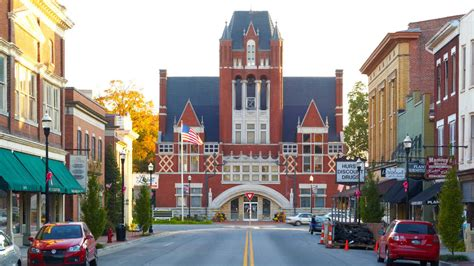 best small towns to live in the south bardstown kentucky south s best small towns southern