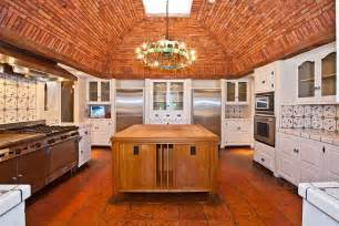 vaulted brick ceiling architechture rooms design and
