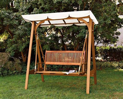 arredare un giardino come arredare un giardino con mobili in legno with