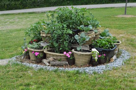 Planting The Chic In Cheap by The Chic Burlap Boutique Laundry Basket Gardening