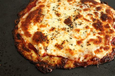 pizza crust cauliflower crust pizza