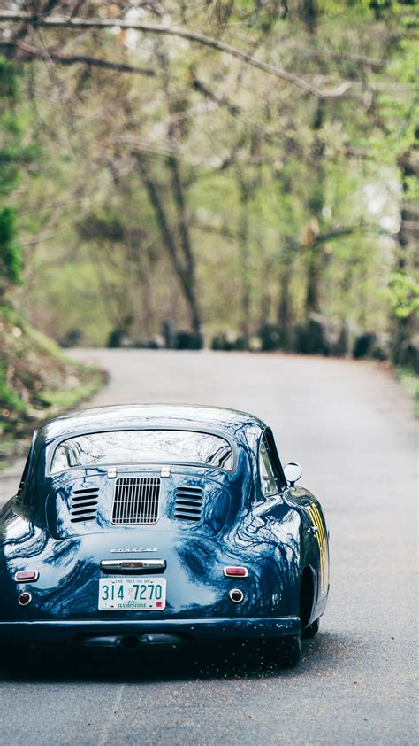 Vintage Porsche Wallpaper by Download This Vintage Porsche Wallpaper Gear Patrol