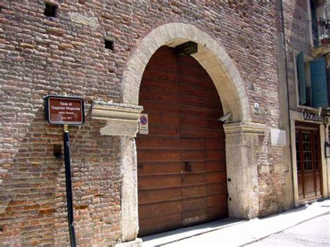 casa romeo verona monumenti di verona casa di romeo