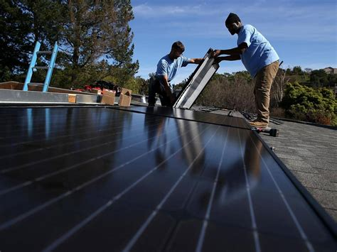 Solar Panels Mandatory On All New Homes - california set to become us state requiring solar