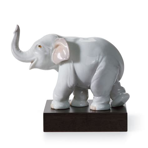 elephant figurines lucky elephant 01008036 lladro figurine
