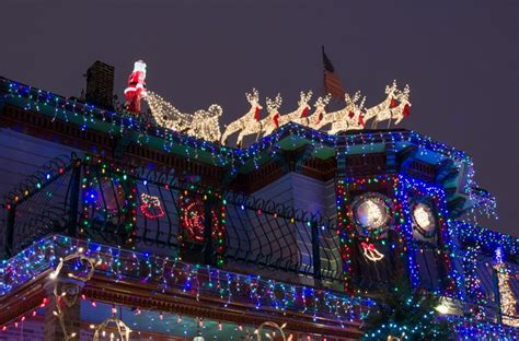 christmas lights in logan square logansquarist