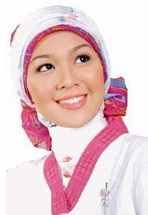 tutorial jilbab pita cara memakai jilbab pita simetris tutorial memakai